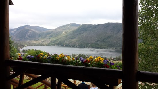 Grand Lake Lodge: View from hotel deck