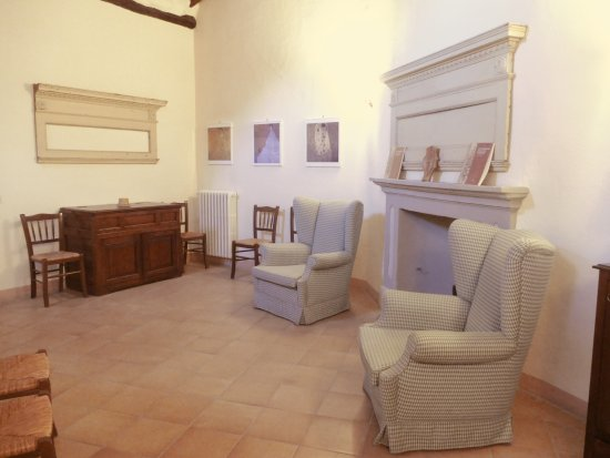 Locanda Petrella: Salottino all'interno della locanda