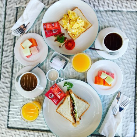 Tanaya Bed & Breakfast: Breakfast time!