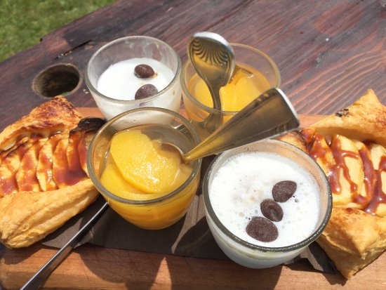 Flumet, Frankrike: 3 mini desserts au menu