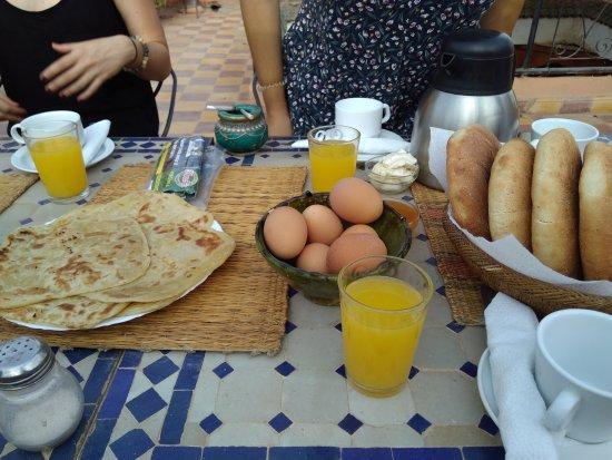 Riad Essaoussan : IMG_20170717_082044_large.jpg