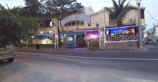 Manisa Hotel: entrée