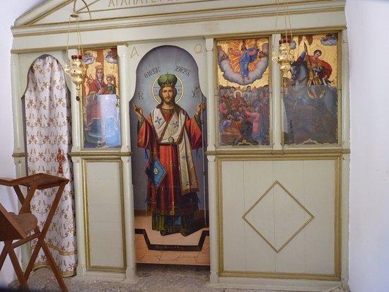 เอเลาน์ดา, กรีซ: Intérieur de l'église
