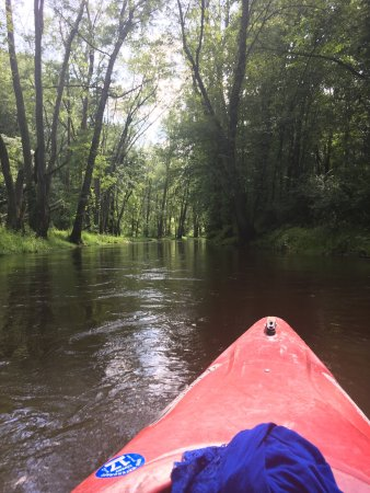 Hiram, OH: Kayaking at camp hi is the best way to spend a day off work! Grab a cooler fill it with snacks a