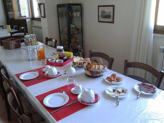 Agriturismo I Lapi: L'ottima colazione