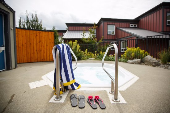 Sooke Harbour Resort and Marina: Onsite Hot Tubs
