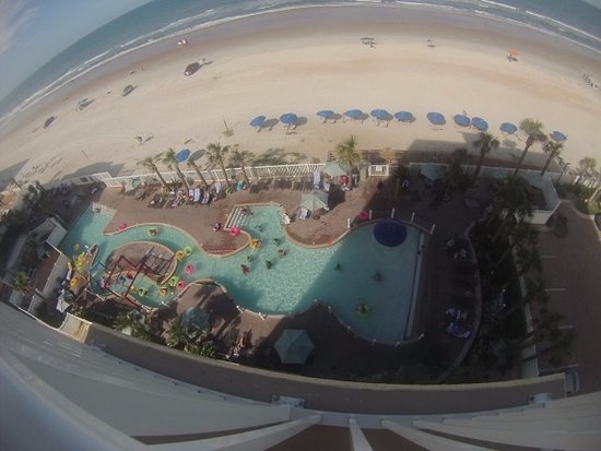 The Cove on Ormond Beach: No slide