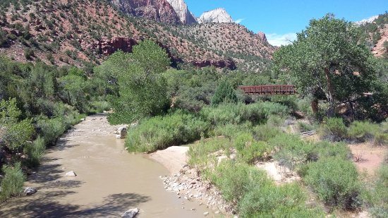 Springdale, UT: The beautiful and easy Pa'rus trail