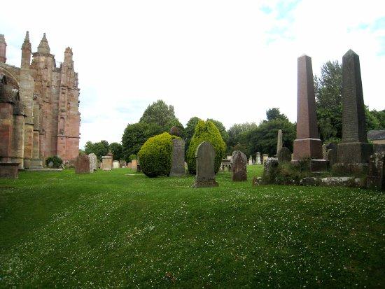 Melrose, UK: Holy ground