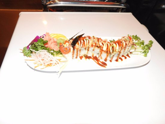 Moore, OK: House Special Roll : Red Dragon