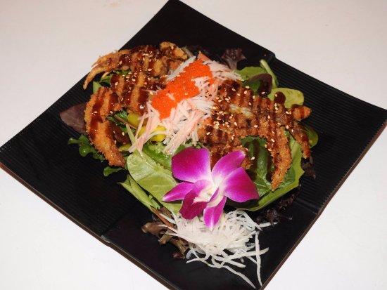 Moore, OK: House Special Salad : Soft Self Crab Salad