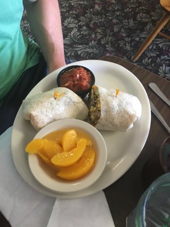 Yakima, WA: Great breakfast burrito!