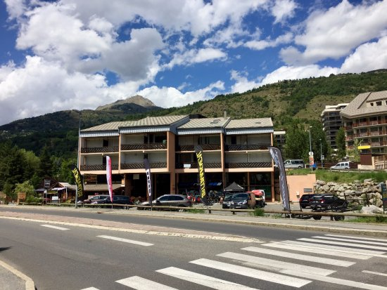 SPORTRENT Serre Chevalier 1350