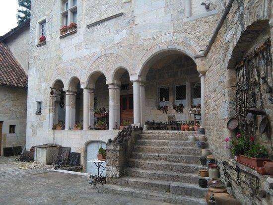 Maison Forte de Montbozon