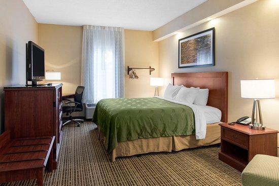Harrisonburg, VA: Standard Room with 1 King bed