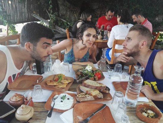 Kaliviani, Grecia: IMG_20170721_192631_large.jpg