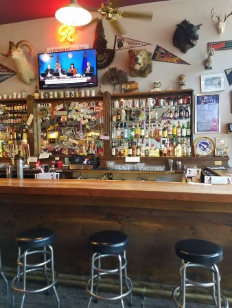 Wallace, ID: Plenty of seating, tables and at the bar.