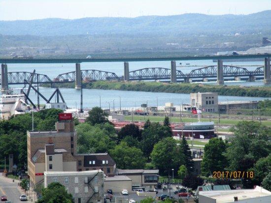 Sault Ste. Marie, มิชิแกน: just leaving lock