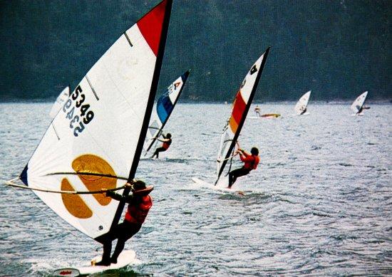 Sils im Engadin, Swiss: Surfen im Malojawind