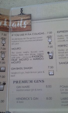 Binibeca, Espanha: A section of Delaneys cocktail menu.