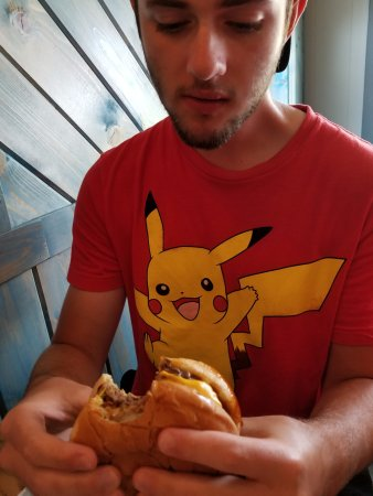Norway, MI: Good size burger