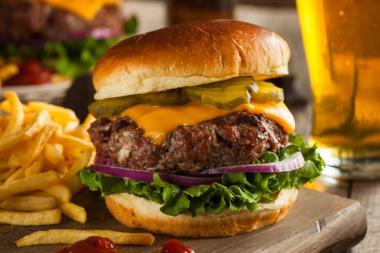 Port Saint Lucie, FL: Who doesn't love a good burger?