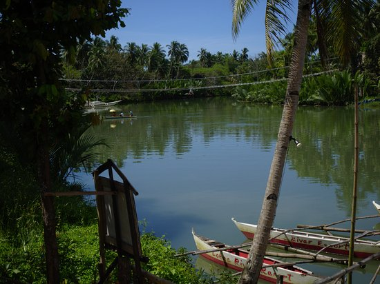 Loboc River Resort: Quiet mornig by the river
