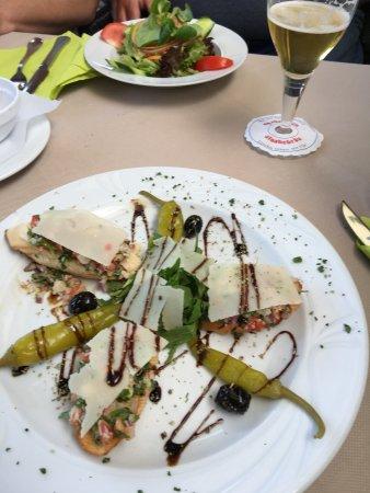 Babenhausen, Deutschland: Delicious bruschetta