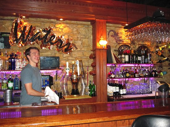 Muddy Waters Bar and Grill: main bar