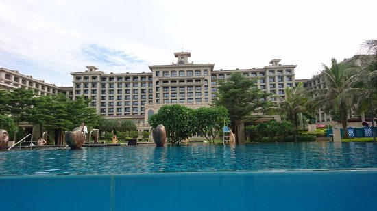 Haikou, China: Nice swimming pool