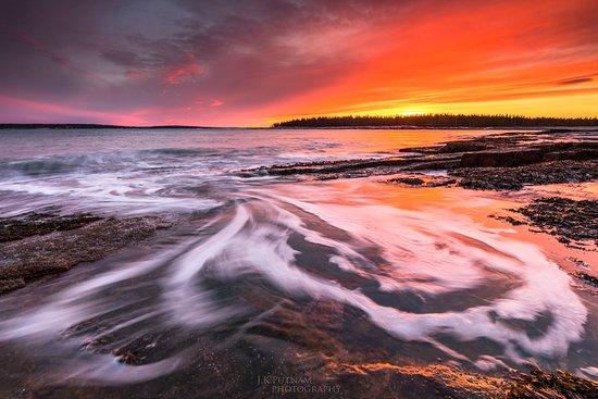 Southwest Harbor, ME: Acadia's Coast at Sunset