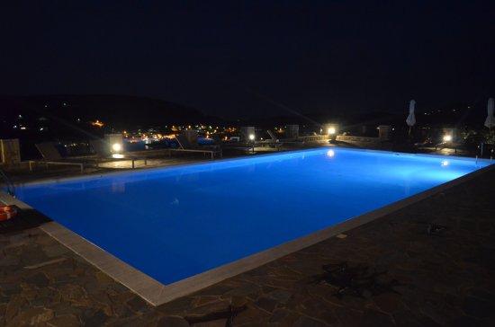 Hotel Perivoli: Piscine