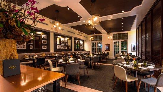 Photo of American Restaurant LT Steak & Seafood at 1440 Ocean Dr, Miami Beach, FL 33139, United States