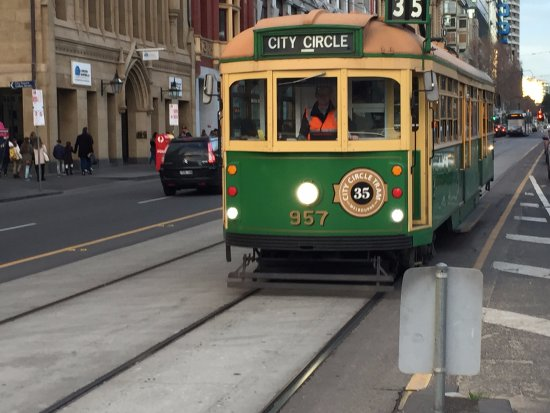 Mercure Welcome Melbourne: Tram (free in the central region)