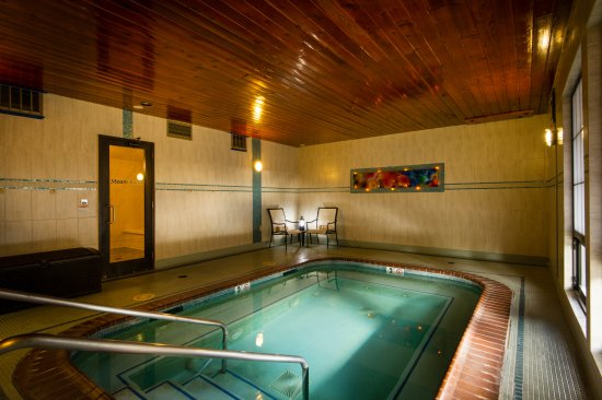 Stoneridge Resort: Hot Tub in Recreation Center