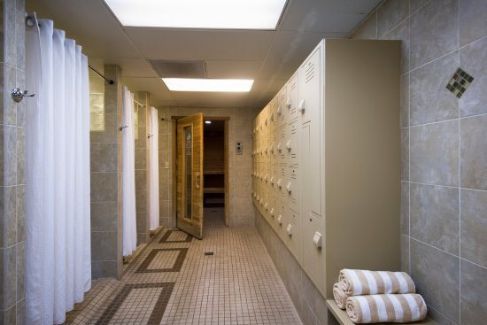 Blanchard, ID: Locker Room in Rec Center - Separate Men's and Women's Dry Saunas
