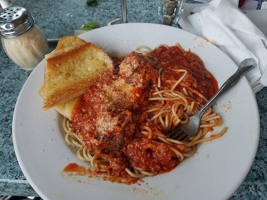 Tinley Park, IL: Spaghetti and Meatballs