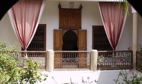 Riad El Zohar: Courtyard Balcony