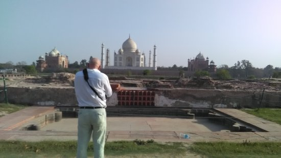The Touri Travels Agra