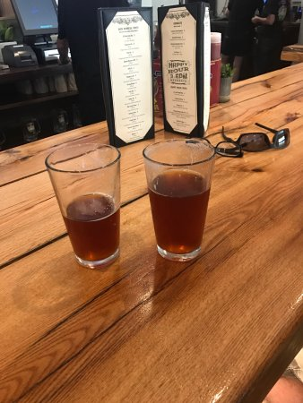 Placerville, Californien: Jack Russell Brewery Downtown