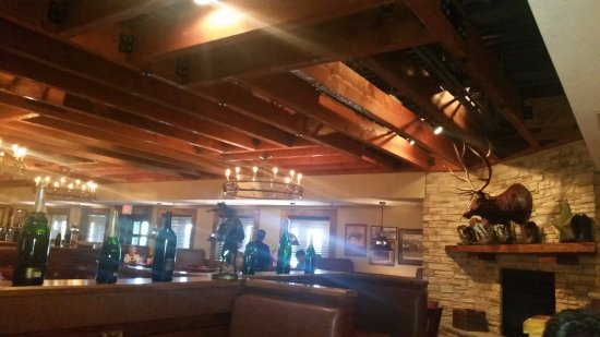 Leawood, KS: Inside the restaurant