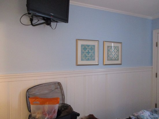 The Seaside Inn: Ajoutez des crochets au murs s.v.p.