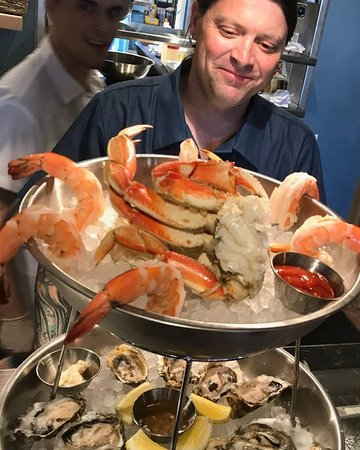 Langley, WA: seafood tower