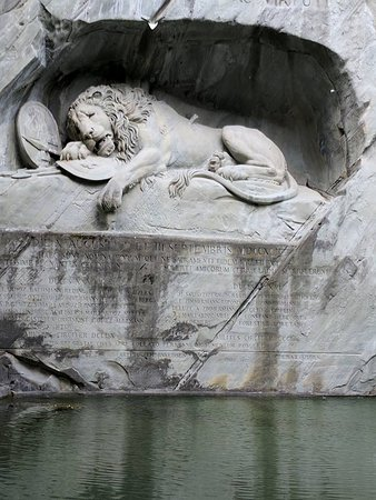 Löwendenkmal: The Dying Lion