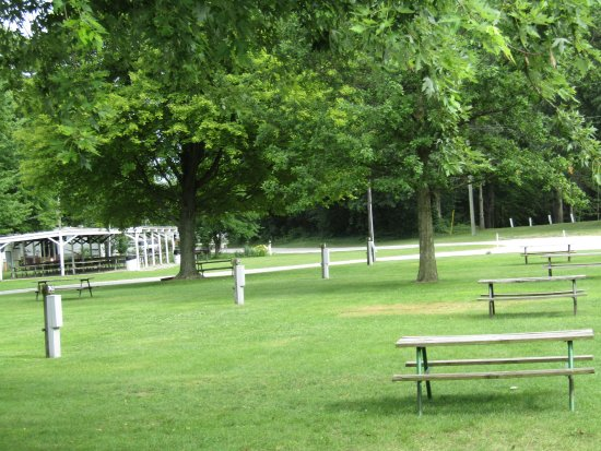 Wauseon, OH: Green space