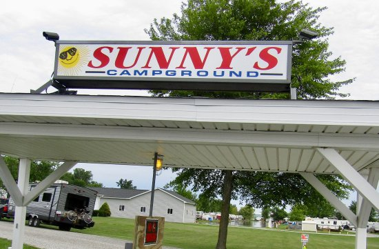 Wauseon, OH: Sunny's