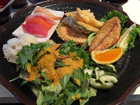Cerritos, كاليفورنيا: 3樣組合餐