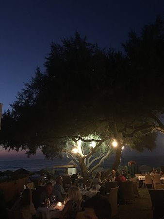 Kyano Beach Restaurant : photo0.jpg