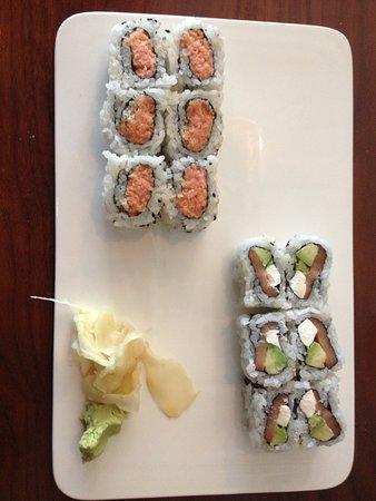 Davidson, North Carolina: 2 sushi rolls!! great