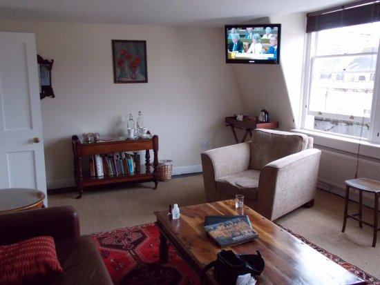 Henrietta House: Sitting Room
